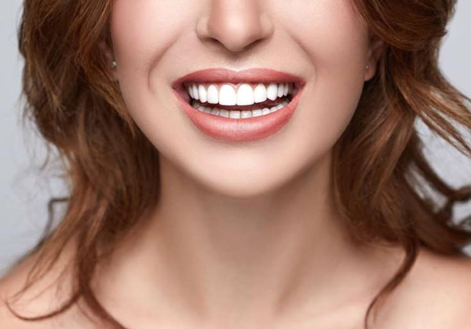 Стоматолог ортопед: что делает и что лечит